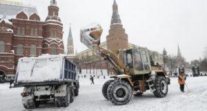 механизированная погрузка снега в москве