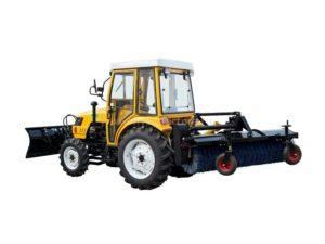 коммунальный трактор с щеткой